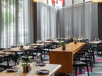 Mezzi Bar & Kitchen - Mantra Southbank Melbourne
